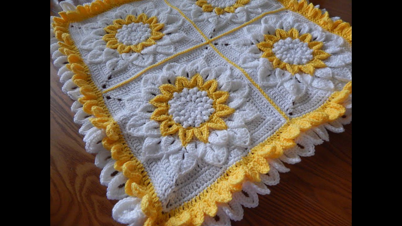Flor Crochet en Cuadro de 12 Pétalos parte 1 de 2 - YouTube