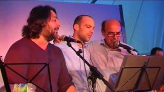 Pierluigi Bersani canta a FestaReggio 9 settembre 2009 - parte 2