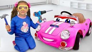 Sasha pretend play and buys used toy cars thumbnail