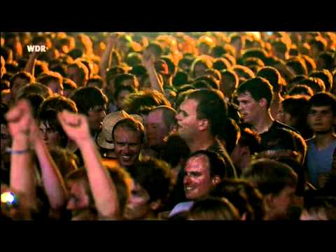 Queens Of The Stone Age- Battery Acid (live 2010)