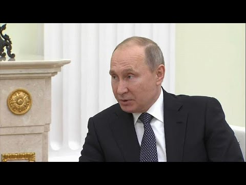 Putin, a noiva e o convite polémico para um casamento austríaco