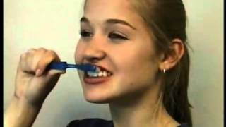 Poway CA Cosmetic Dentist Provides Patient Education - Proper Tooth Brushing to Prevent Gum Disease Thumbnail