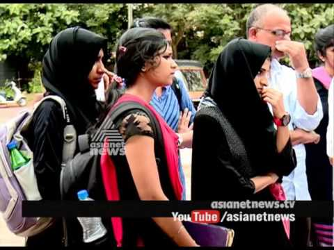 Anjarakandy Kannur Medical College collecting more fee than agreed