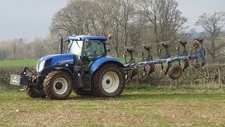 Ploughing with New Holland T7.200 & Lemken