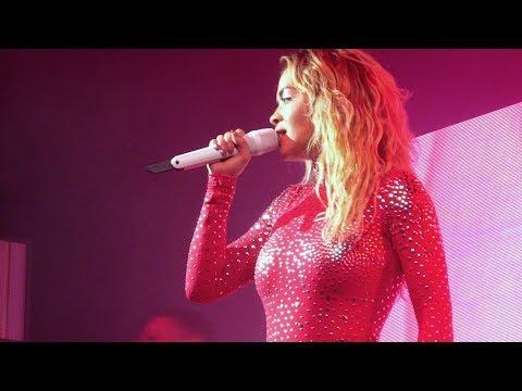 Rita Ora - Lonely together (Avicii cover) - Live Paris 2018