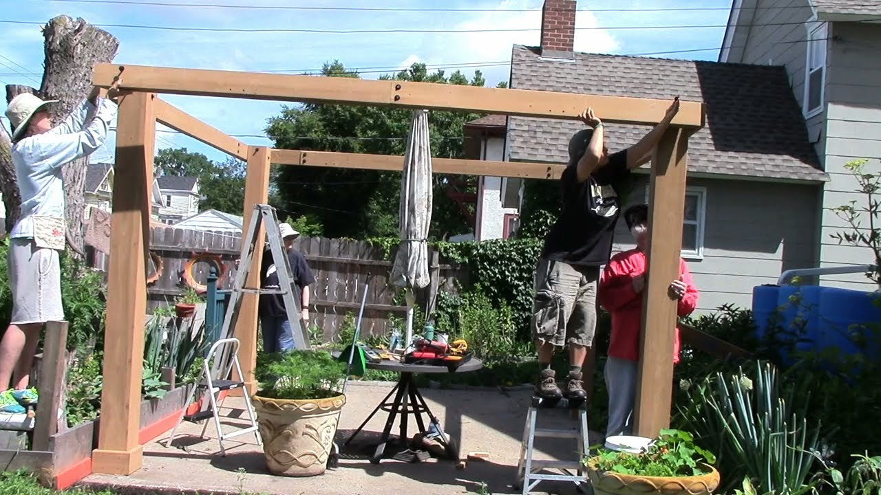 Costco Yardistry 12x12 Cedar Gazebo (posts/beams/gussets) | Part1 2017 06