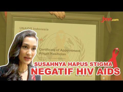 Atiqah Hasiholan Jadi Ambassador UNAIDS