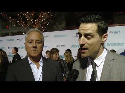 Wonder LA World Premiere - Itw David Hoberman, Todd Lieberman (official video)