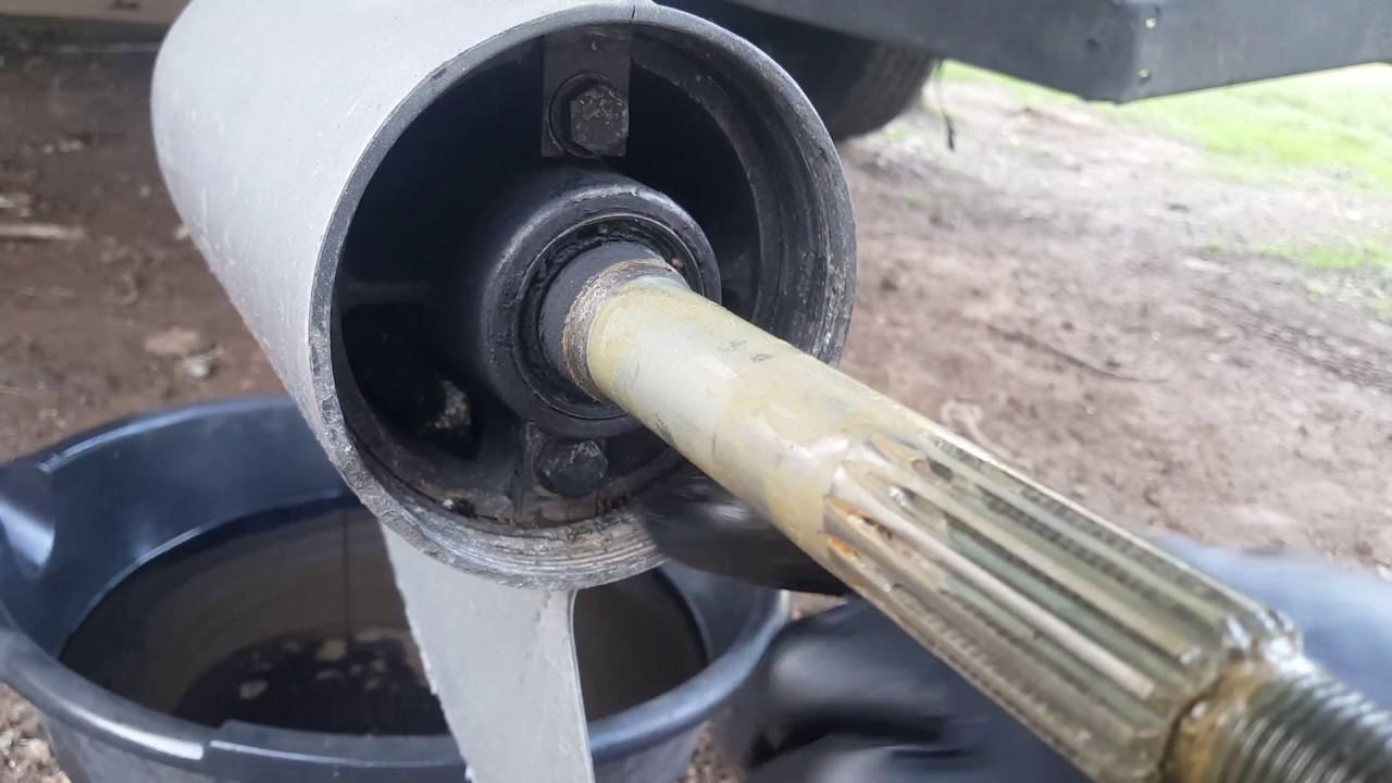OMC Cobra Volvo Penta SX Stern Drive Removal - Part 1