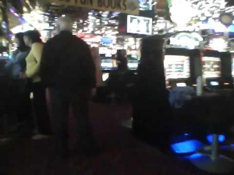 Bahamas Scene Casino Royale HD von YouTube · HD · Dauer:  2 Minuten 12 Sekunden  · 550000+ Aufrufe · hochgeladen am 13/04/2013 · hochgeladen von Skeletor