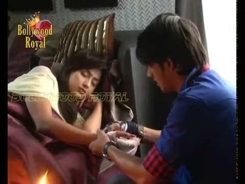 On location of TV Serial 'Do Dil Ek Jaan'  Raghu doesn't believe in Antara's love  1
