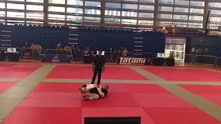 IBJJF 2017 London Fall White Belt Middle Master One Final p2