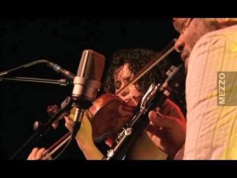 Iva Bittova-Hamid Drake-Don Byron Trio - live in Paris 2008