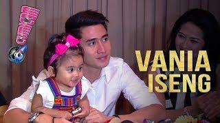 Lagi Diwawancara, Begini Sikap Iseng Vania - Cumicam 30 Januari 2018 thumbnail