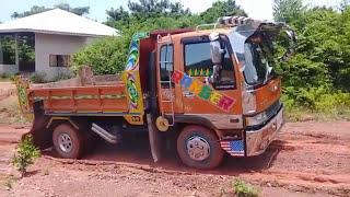 ทางไหม่-มันก็จะลื่นๆหน่อยนะ-รถหกล้อดั้มปีนเขาจะรอดไหม-dump-truck