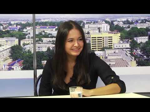 """TV7plus: Ток-шоу """"Момент істини"""" . Гості студії – Гюнель Бабакішієва та Ігор Мельничук ."""