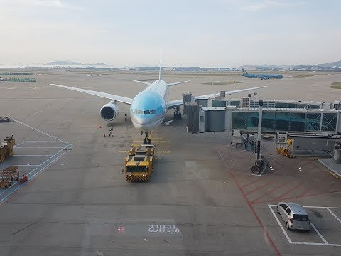 Korean Air 777-200 Seoul to Osaka - Economy Class - Flight Review