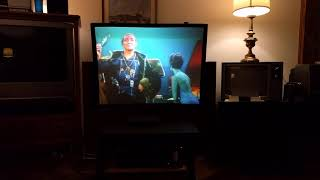 Sony KP-5025 CRT projector television and VSS-50A1 pop-up screen quick demo.