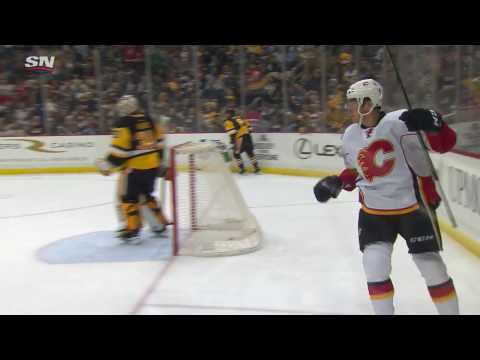 Crosby assists Ferland in giving Flames a 1-0 lead