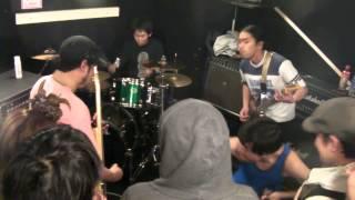 "2013/3/24 record shop DISCO ""実験室"" FC FiVEのドラマー木村さんと茨..."