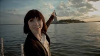 Carly Rae Jepsen - Cut To The Feeling (Video)