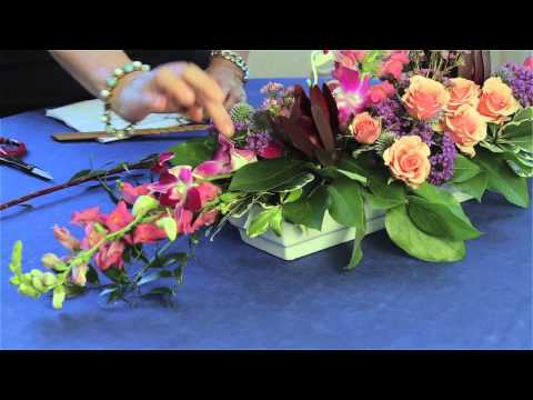 flowers-used-for-line-elements-in-arrangements-:-flower-arrangements