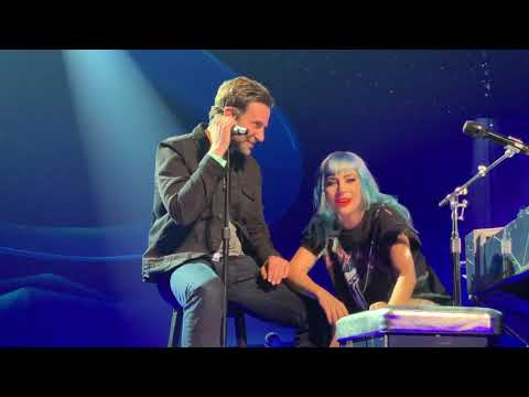 Lady Gaga with Bradley Cooper in Las Vegas (Live)