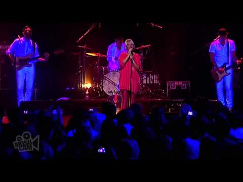 Sia - Sunday | Live in Sydney | Moshcam