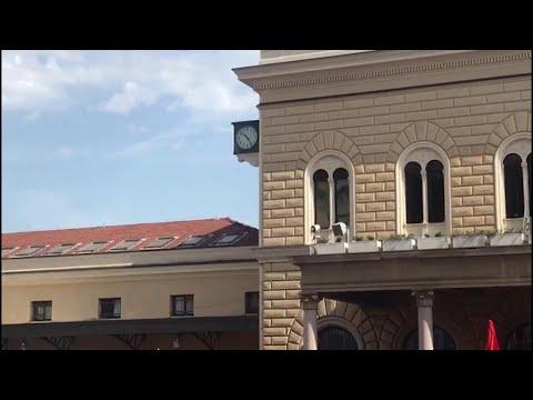 Strage Di Bologna, Il Minuto Di Silenzio In Ricordo Delle Vittime Dell'attentato Alla Stazione