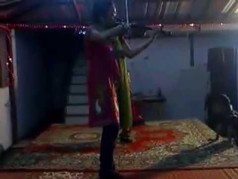 Kathal Rojave ... Violin by Haripriya (Grand daughter of Violinist P Chidambaranath)