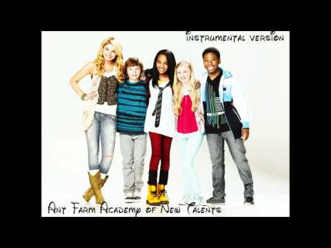 Stefanie Scott ft Carlon Jeffery  Pose from ANT Farm Instrumental Version