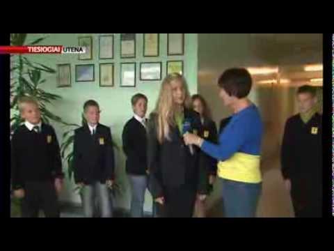 Mokyklinės uniformos grįžta į Utenos mokyklas (tiesioginė transliacija)