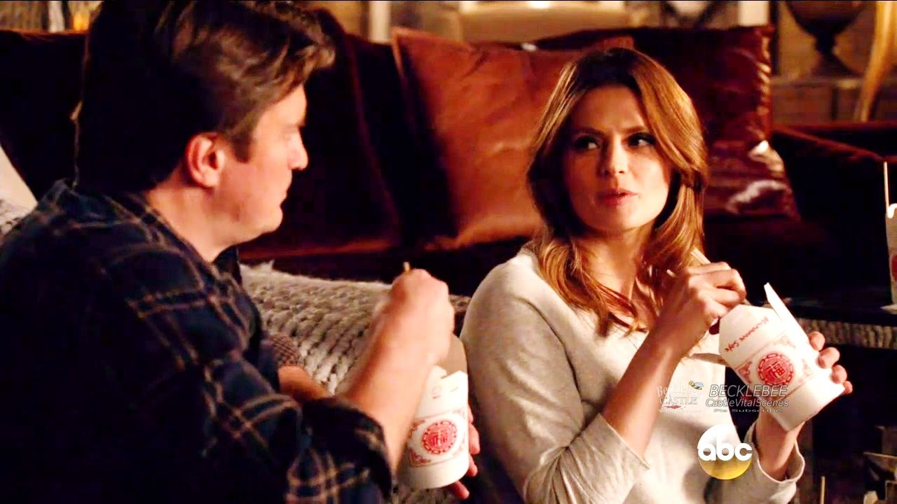 did castle and beckett dating in real life
