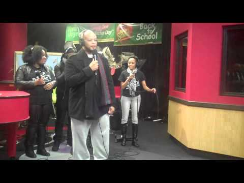 James Fortune and FIYAH perform Live...