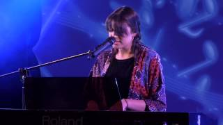 A LITTLE RESPECT – ERASURE performed by LOIS KEAVEY at TeenStar singing contest