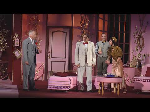 Land me the tenor (played by actor Mariupol Regional Academic Drama Theater Vereshchak AI)