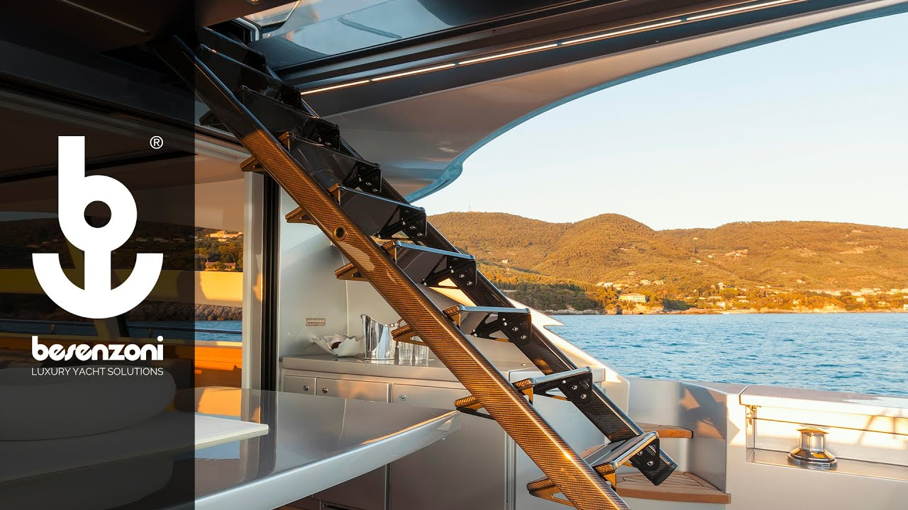 Automatic Sundeck Ladder SI 511 for yacht and superyacht - Scala automatica - Besenzoni