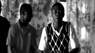 YOUNG CITY ENTERTAINMENT GHANA FREESTYLING IN THE BLACK & WHITE WAY