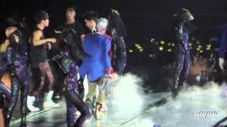 Video 280912 [FANCAM] BIGBANG ALIVE TOUR SG - FANTASTIC BABY download MP3, 3GP, MP4, WEBM, AVI, FLV Juli 2018