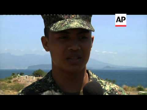 US and Philippines marines stage mock attack in exercises