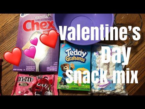 Valentine's Day Snack Mix!