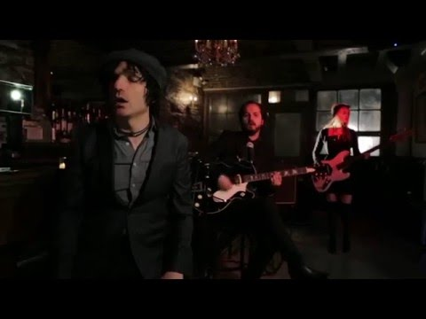 Jesse Malin - She Don't Love Me Now (Official Video)