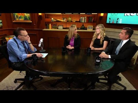 BONUS CLIP: Treating Orthorexia: The Experts Weigh In   Larry King Now   Ora.TV