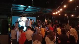 Mantan kekasihku - Naga Lyla feat Raungkaca band