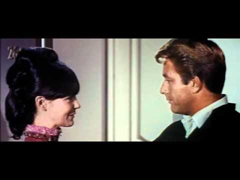 elvis presley - 1967 - clambake
