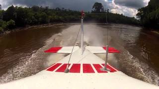 MAF Cessna 185 Floatplane Flying, GoPro Hero2. PalangkaRaya, Kalimantan Indonesia
