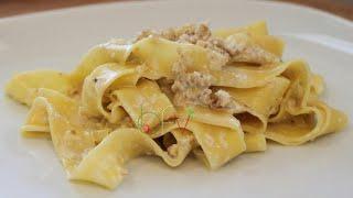 Pappardelle In Salsa Di Noci - Involtini Con Nocciole E Pancetta - Buono Facile Veloce -