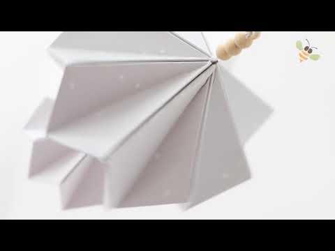 BORN Copenhagen origami mobile - CozyKidz productvideo