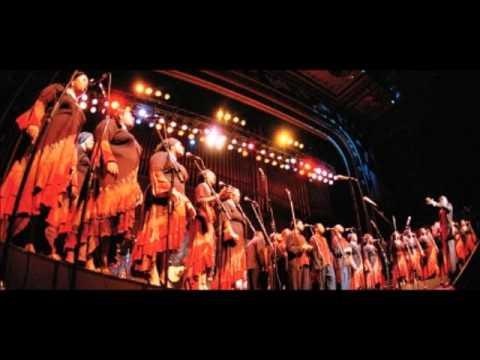 Donald Lawrence & Tri-City Singers - Matthew 28