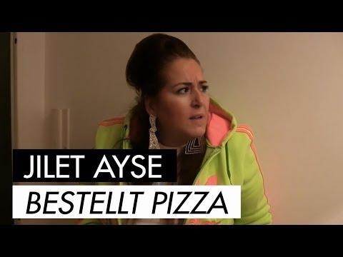 Jilet Ayse bestellt Pizza
